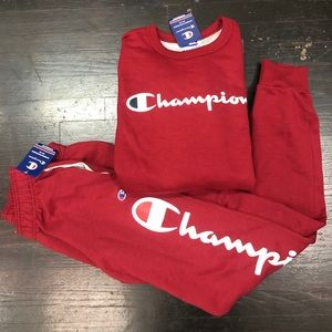 NWT CHAMPION SWEATSUIT RED COLOR WITH LOGO